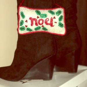 Slouchy wedge boot